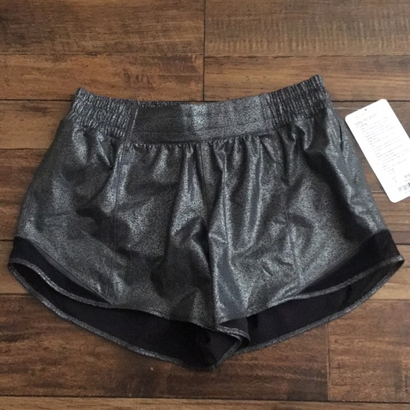lululemon athletica Pants - NWT lululemon hotty hot short long